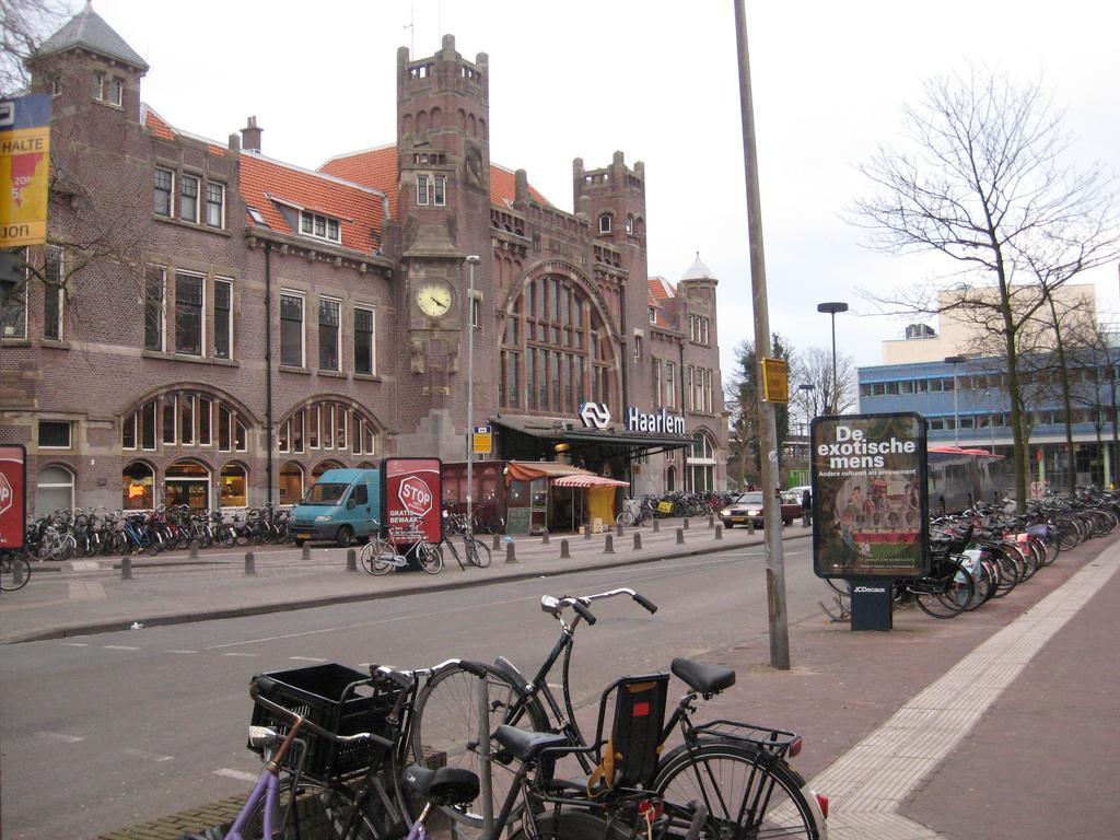Station Haarlem - © Jock Rutherford