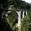 Top 10 van beroemde spoorlijnen in Zwitserland