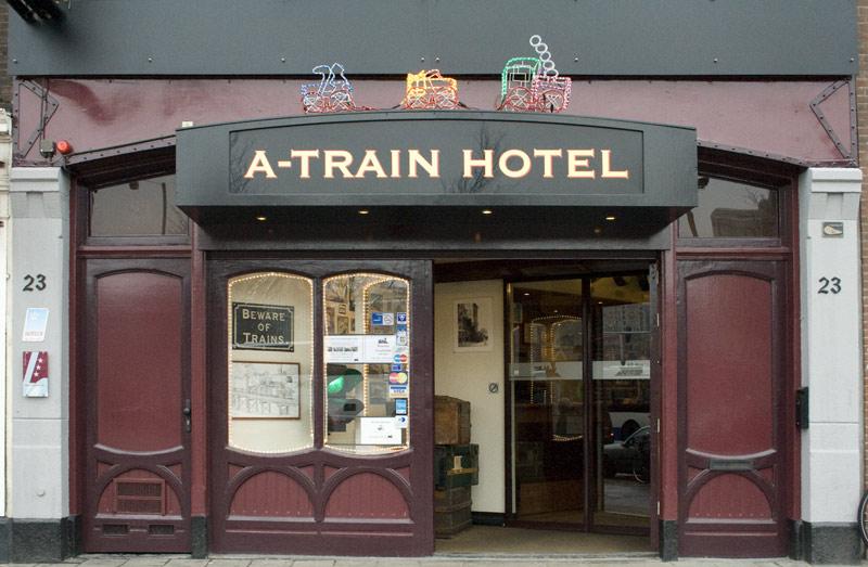 5x trein hotel