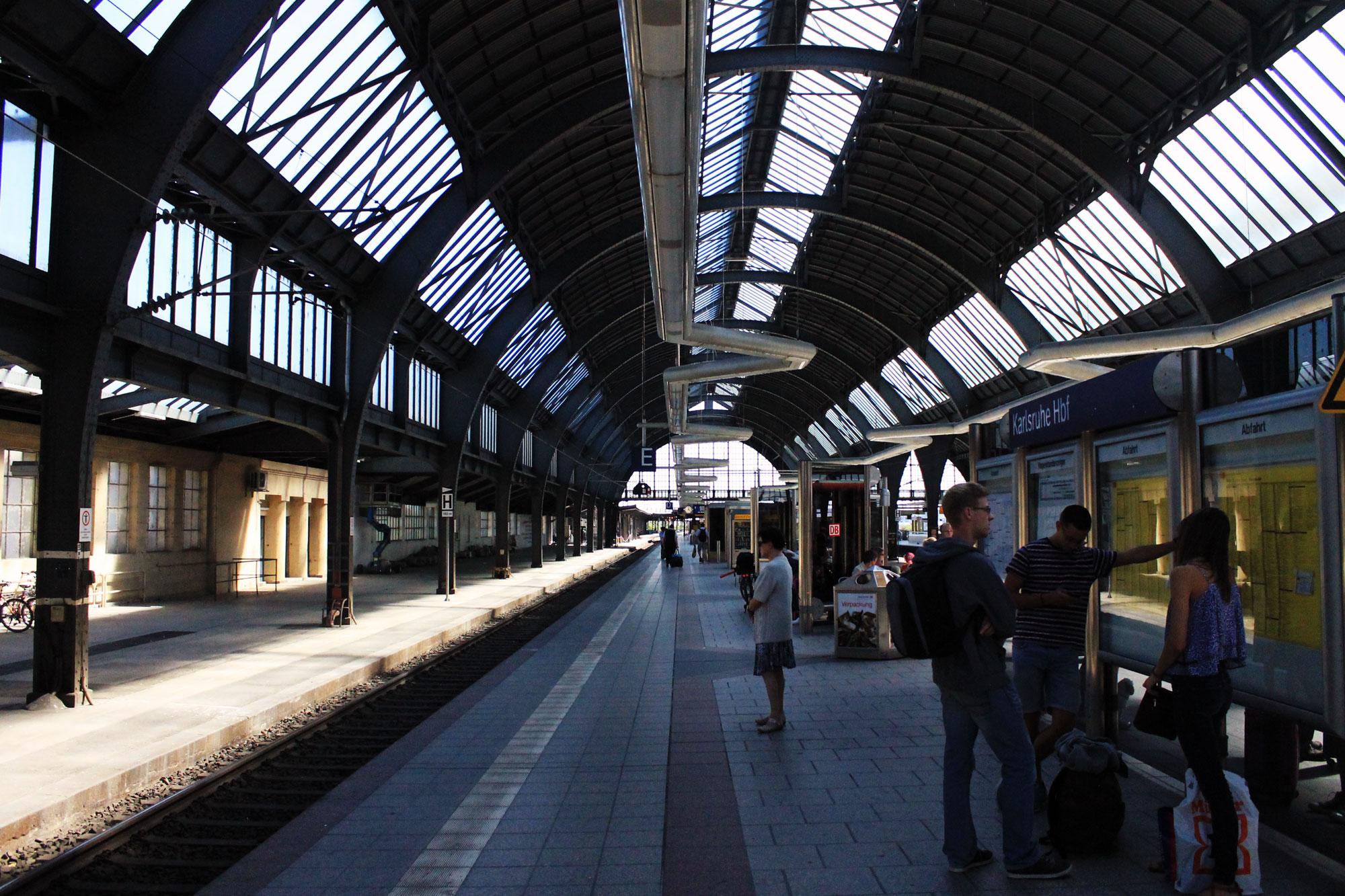 Karlsruhe Hauptbahnhof Südausgang