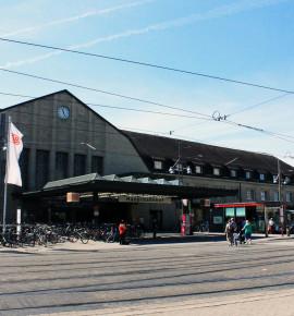 Terug in de tijd…Karlsruhe Hauptbahnhof