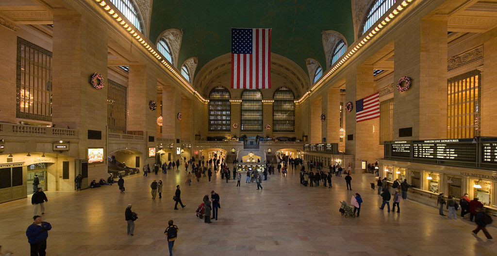 1200px-Grand_Central_Station_Main_Concourse_Rectilinear_projection_Jan_2006