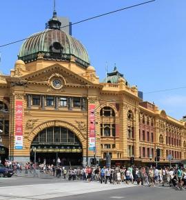 Terug in de tijd…Flinders Street Railway Station in Melbourne