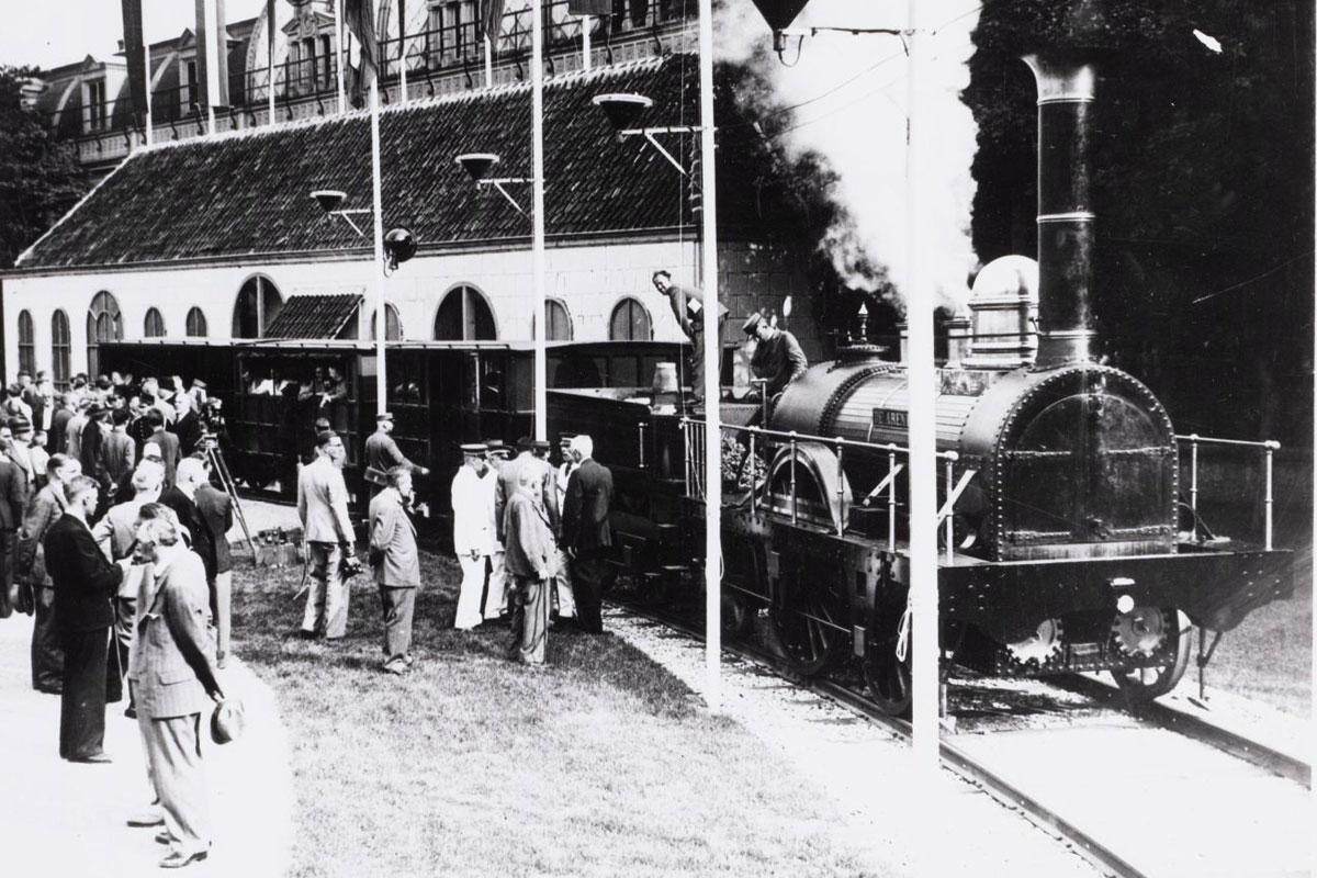 De eerste trein