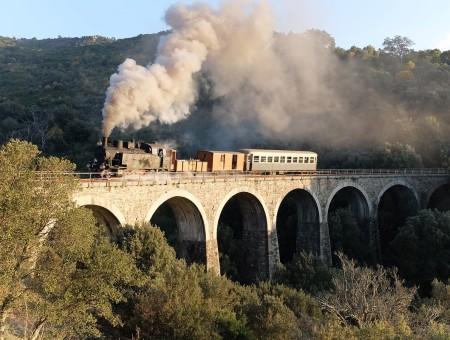 Eilanden per trein: Sardinië, Italië