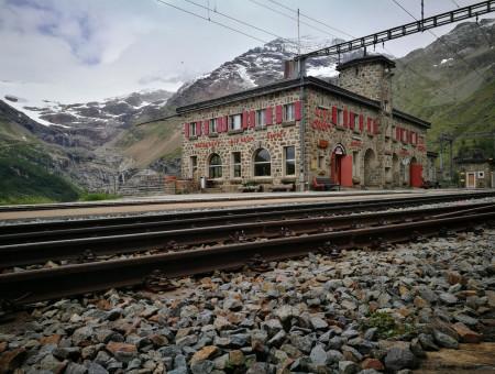 Video: Naar de Alp Grüm
