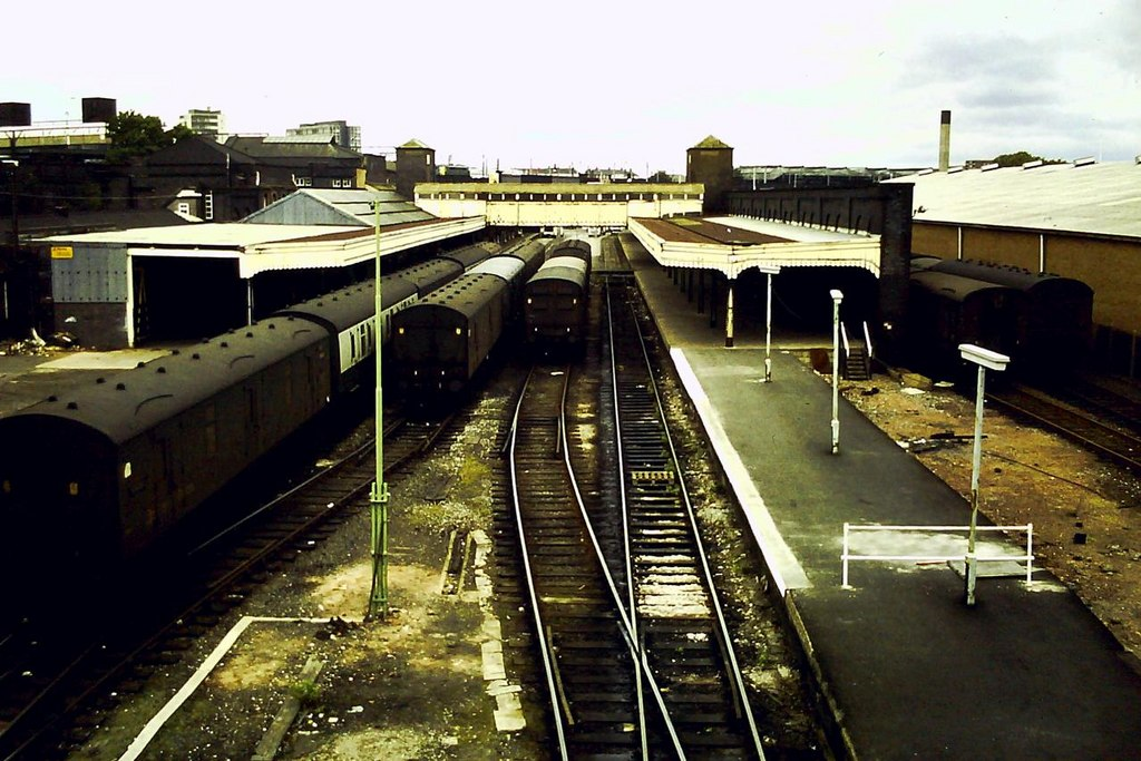 Wolverhampton Low Level Station