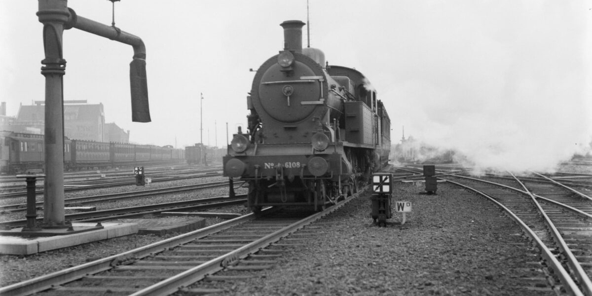 spoorwegen in Nederlands tussen 1917 en 1960